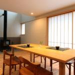 松戸の家 リビングのストーブが家中をあたためます